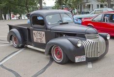 Vecchio camioncino scoperto nero di Chevy Immagini Stock Libere da Diritti