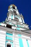 Vecchio campanile in trinità Sergius Lavra Immagine Stock Libera da Diritti