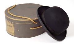 Vecchio cappello del derby con il contenitore di cappello Fotografie Stock Libere da Diritti