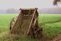 Vecchio carrello di legno Fotografia Stock Libera da Diritti