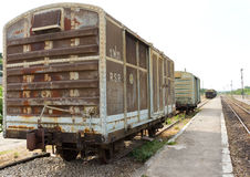Vecchio carrello ferroviario del contenitore Fotografia Stock Libera da Diritti