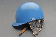 Vecchio casco di corsa di incidente stradale Immagini Stock Libere da Diritti
