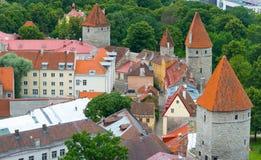 Vecchio castello in città medievale Fotografia Stock