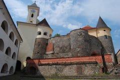 Vecchio castello con le torrette della vigilanza Fotografia Stock Libera da Diritti