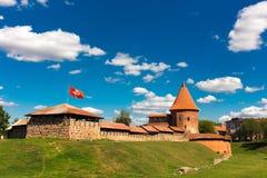 Vecchio castello a Kaunas fotografie stock libere da diritti