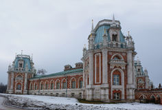 Vecchio castello nell'inverno della Russia Fotografia Stock