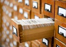 Vecchio catalogo di scheda di legno Immagini Stock