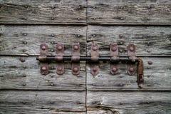 Vecchio chiavistello senza molla di scatto d'annata Utile per la chiusura del concetto a chiave immagine stock libera da diritti