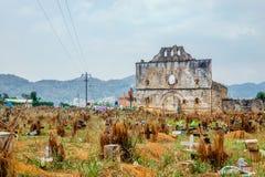 Vecchio cimitero di maya in Chamula da San Cristobal de Las Casas nel Messico immagine stock