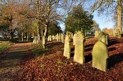 Vecchio cimitero inglese tradizionale Immagini Stock