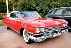 Vecchio colore rosso classico dell'automobile Immagini Stock