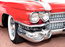Vecchio colore rosso classico dell'automobile Fotografia Stock Libera da Diritti