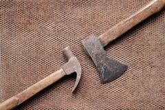 Vecchio coltello del martello dell'ascia Fotografia Stock Libera da Diritti