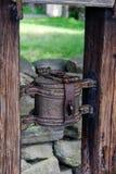Vecchio contenitore per le donazioni nel parco Scansen Fotografie Stock Libere da Diritti