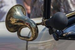 Vecchio corno di automobile Fotografia Stock