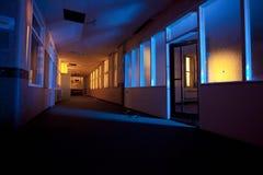 Vecchio corridoio abbandonato dell'ospedale Fotografia Stock Libera da Diritti