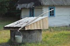 Vecchio cottage in Ucraina Fotografie Stock Libere da Diritti