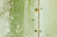 Vecchio danno del primo piano e pavimento d'acciaio arrugginito Fotografie Stock