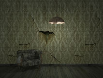 vecchio darklight della sbucciatura del wallpper con il vecchio sofà - backgroun interno Fotografia Stock Libera da Diritti