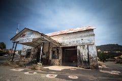 Vecchio deposito di Coulterville CA fotografia stock libera da diritti