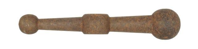Vecchio dettaglio arrugginito del metallo con le palle sull'estremità isolata su bianco Fotografia Stock