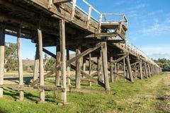Vecchio dettaglio del ponte della strada Fotografia Stock