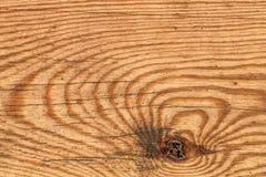 Vecchio dettaglio verniciato annodato stagionato di struttura di lerciume della plancia di Pinewood fotografia stock