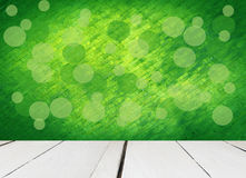 Vecchio di legno bianco con fondo verde astratto Fotografie Stock Libere da Diritti