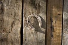 Vecchio e ferro di cavallo arrugginito Immagine Stock