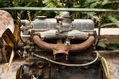 Vecchio e motore arrugginito Fotografia Stock Libera da Diritti