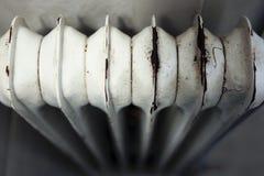 Vecchio e riscaldatore arrugginito immagine stock