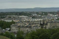 Vecchio Edimburgo dalla collina di Calton Immagini Stock