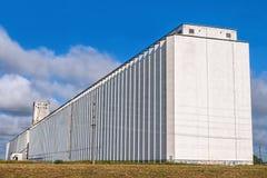 Vecchio elevatore di granulo Fotografia Stock