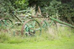 Vecchio equiptment dell'azienda agricola fotografia stock