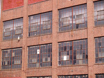 vecchio estratto abbandonato della fabbrica immagini stock