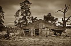 Vecchio fabbricato agricolo fotografie stock libere da diritti
