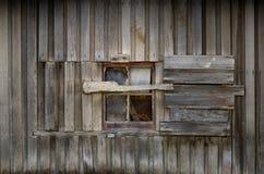 Vecchio fabbricato agricolo del legname fotografia stock libera da diritti