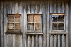 Vecchio fabbricato agricolo del legname immagini stock libere da diritti