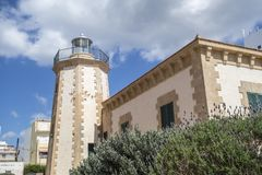 Vecchio faro, de Ses Coves lontano Blanques, città di Sant Antoni, fotografia stock libera da diritti
