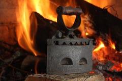 Vecchio ferro da stiro Immagini Stock