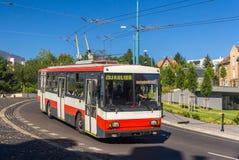 Vecchio filobus Bratislava - in Slovacchia immagine stock