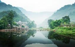Vecchio fiume della città della porcellana fluviale Fotografie Stock Libere da Diritti