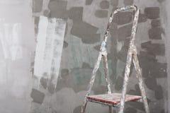 Vecchio fondo dello stucco e dipinta della scala del muro di cemento Fotografia Stock Libera da Diritti