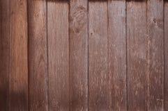 Vecchio fondo di legno della parete della plancia, modello irregolare di legno di struttura fotografia stock libera da diritti