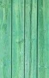 Vecchio fondo dipinto verde intenso sbiadito naturale di legno stagionato Immagini Stock Libere da Diritti