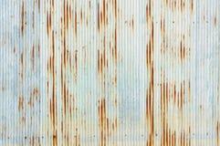 Vecchio fondo modellato lamiera galvanizzato arrugginito Fotografie Stock