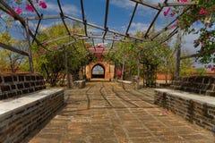 Vecchio giardino in pagoda, Bagan Fotografie Stock