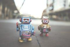 Vecchio giocattolo del robot, stile d'annata di colore Fotografia Stock
