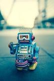Vecchio giocattolo del robot, stile d'annata di colore Fotografia Stock Libera da Diritti