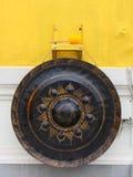 Vecchio gong con il martello Fotografia Stock Libera da Diritti